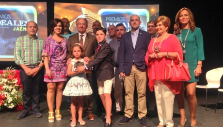 "Mariscos Castellar, ""Ideal of the Year"" Prize in the area of Economy"